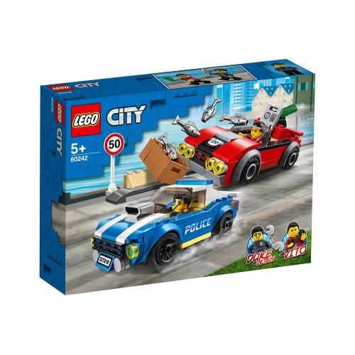 LA COURSE POURSUITE SUR L AUTOROUTE LEGO 60242